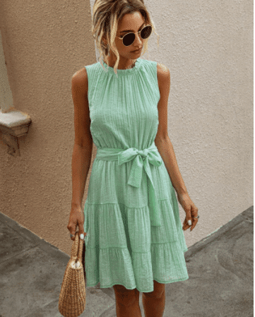 How To Wear Mint Green